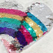 Blusa Infantil de Pelúcia Fofinha Patch de Paetê Coração Rainbow Mon Sucré