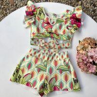 Conjunto Infantil Blusa Cropped e Shorts Tropical 70's Kukixo