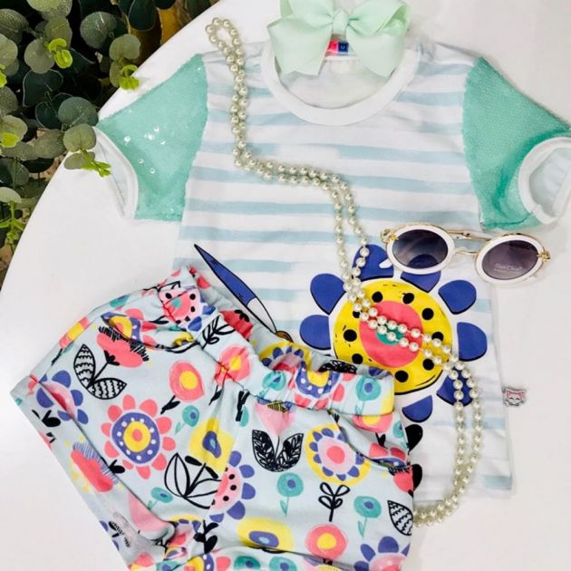 Conjunto Infantil Blusa Listrada e Shorts Floral Colorido MyLu
