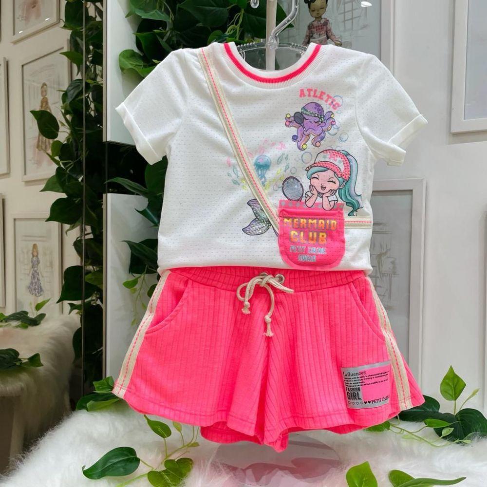 Conjunto Infantil Blusa Off White Furinhos e Shorts Godê Rosa Neon Canelado Mermaid Club Petit Cheri