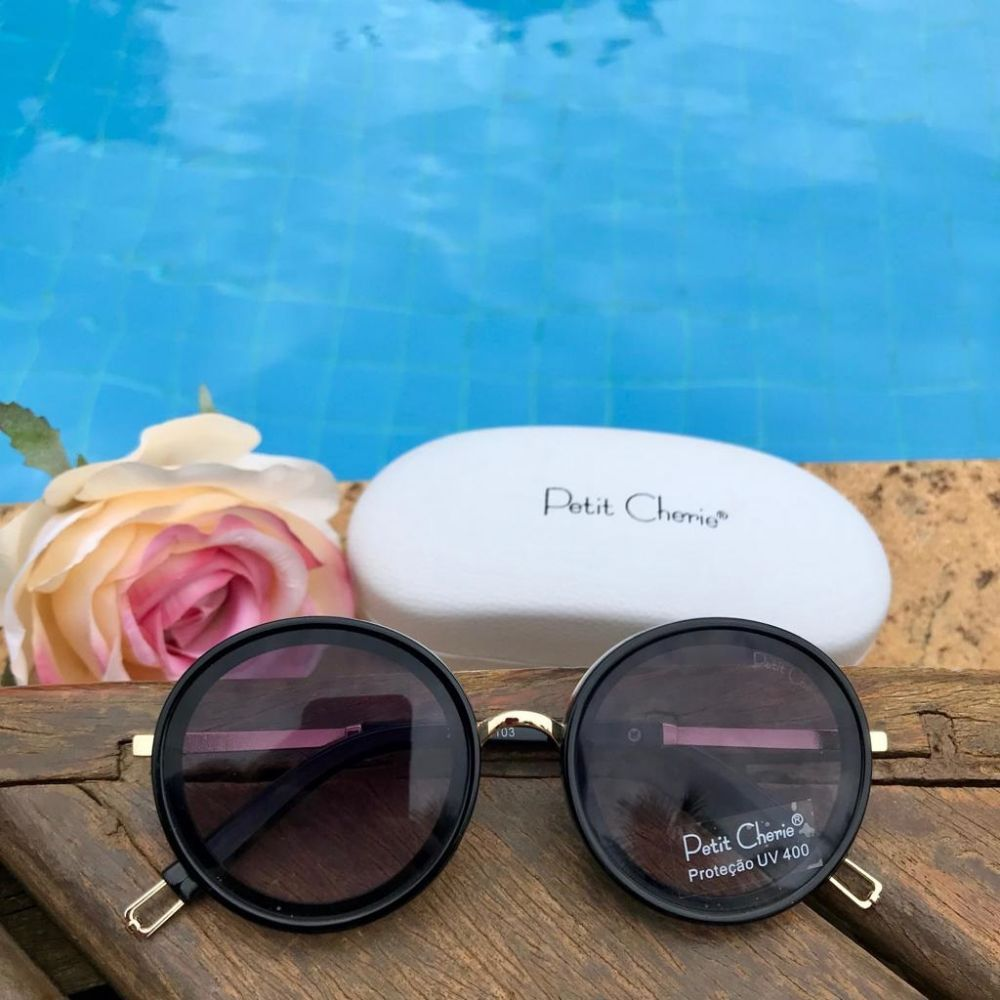 89eb78a84 Óculos de Sol Infantil Classic Round Preto Petit Cherie na Euro Baby ...