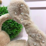 Protetor de Orelhas Infantil Bege Lacinho Pérolas Euro Baby